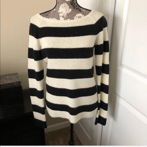 BANANA REPUBLIC striped boat neck sweater